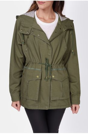 parka-verde-militar-forrada-close-frente