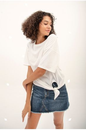 blusa-eco-branca-com-no-na-lateral-close-frente