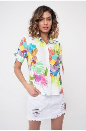 camisa-estampada-manga-curta-com-amarracao-close-frente